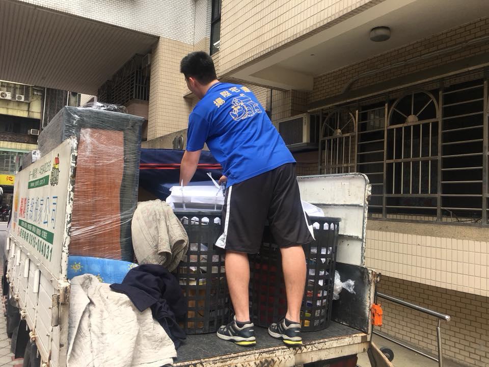 裝車前防護包裝-台中搬家案例
